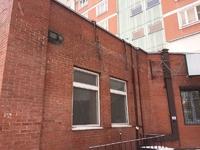 Аренда помещения с отдельным входом под медцентр, аптеку, магазин. Братиславская м. 97,7 кв.м.