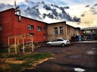Продажа здания под склад, производство на Киевском шоссе, 27 км от МКАД, Апрелевка. 2400 кв.м, участок 0.5 Га.