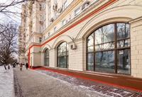 Продажа арендного бизнеса в Москве: магазин 622 кв.м Парк Победы м.